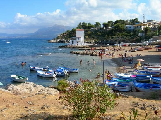 Bella Spiaggia  - Sant'elia (4281 clic)