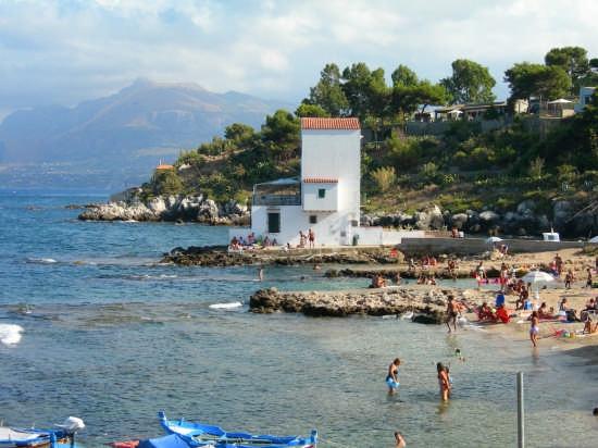 Bella Spiaggia  - Sant'elia (3694 clic)