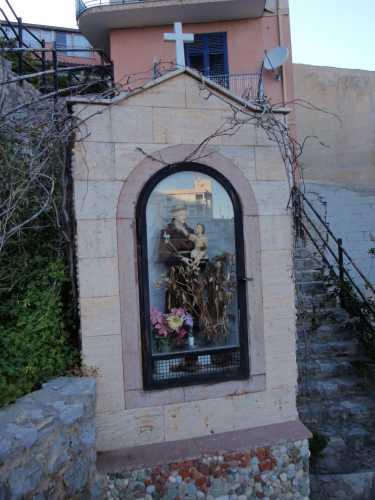 Edicola dedicata a Sant'Antonio  - Trabia (2947 clic)