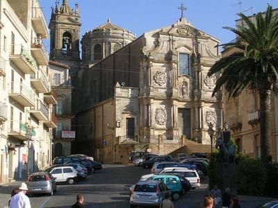 Caltagirone - CALTAGIRONE - inserita il 02-Sep-07