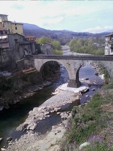 Ponte secondario Santa Lucia - Castelnuovo Garfagnana  - Castelnuovo di garfagnana (735 clic)