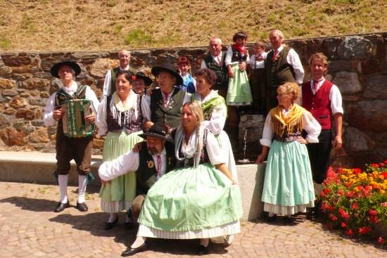 Gruppo Tradizionale Folkloristico di Caldonazzo (6101 clic)