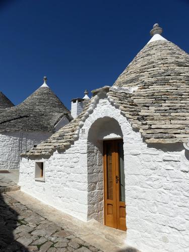 Trulli  - Alberobello (256 clic)
