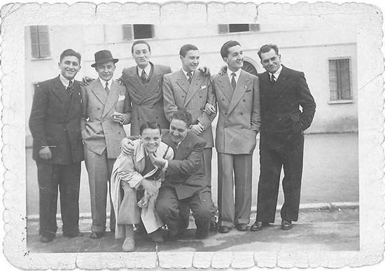Gruppo di signori - Alfonsine (767 clic)