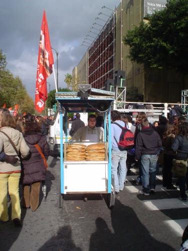 U' sfinciuni pure allo Sciopero del 12 dicembre 2008 - Palermo (3381 clic)