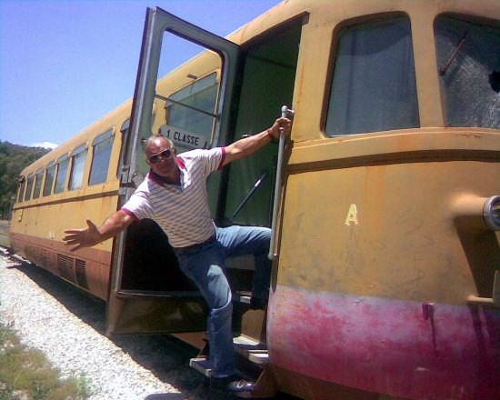 Prendere il treno al volo - Villarosa (5023 clic)