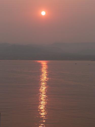 alba, rosso fuoco - Messina (3453 clic)