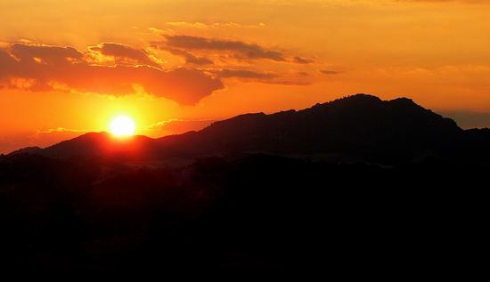 tramonto a Leonforte (3337 clic)