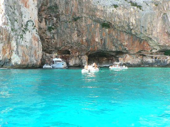 piscine di venere - Cala golorizè (5906 clic)