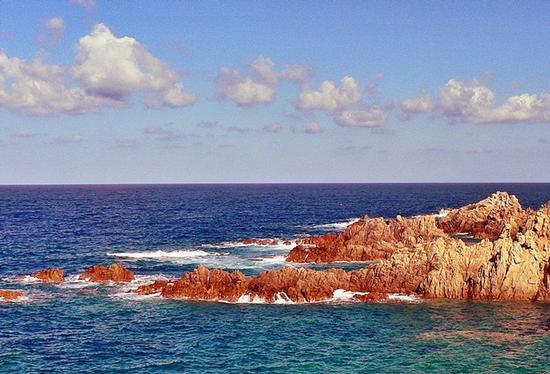isola rossa (2087 clic)