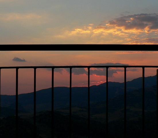 terrazza al tramonto - Leonforte (3065 clic)