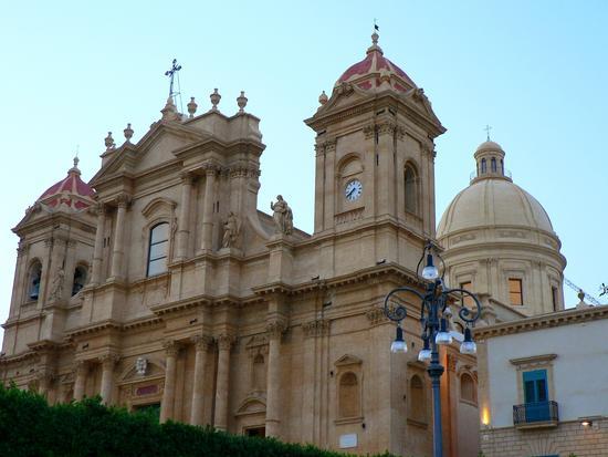 San Nicolò cattedrale di Noto (2201 clic)
