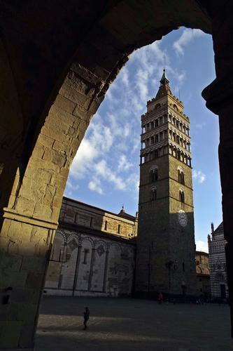 piazza Duomo  - Pistoia (128 clic)