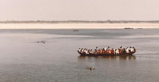 barcone sul Gange (656 clic)