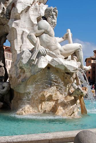 Piazza Navona_particolare della fontana dei fiumi - Roma (2265 clic)