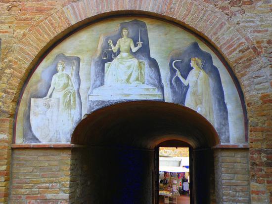 Affresco - San gimignano (2421 clic)