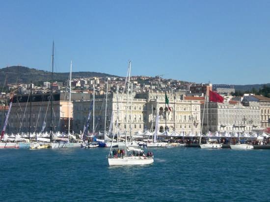 39 edizione barcolana a Trieste (7405 clic)