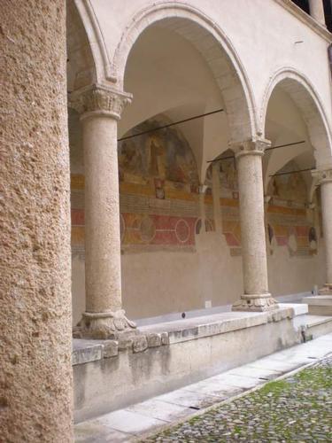 Chiostro del Convento di San Francesco di Paola - Cosenza (3173 clic)
