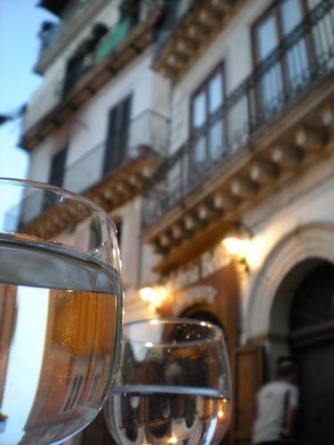 A cena in Piazza Duomo - Cosenza (2882 clic)