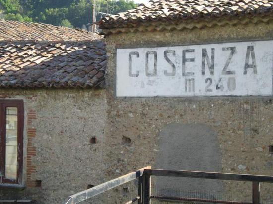 Tabella altitudine - Cosenza (2492 clic)