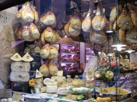 Prosciutti emiliani - Bologna (3467 clic)