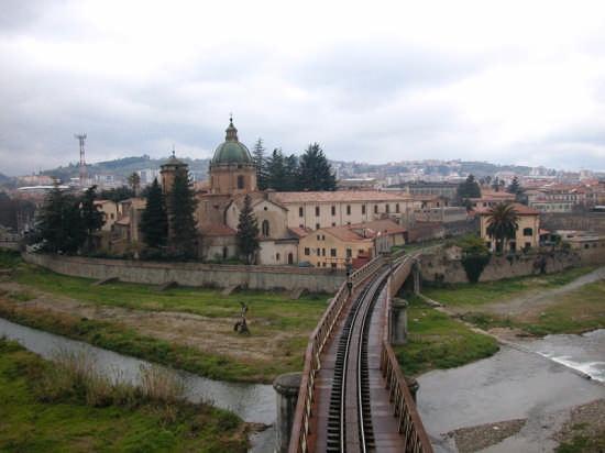 Cosenza - Veduta di San Domenico (7279 clic)