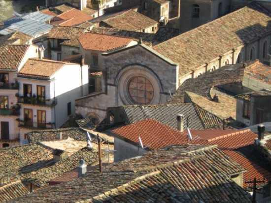 Veduta del Duomo da rione Portapiana - Cosenza (5477 clic)