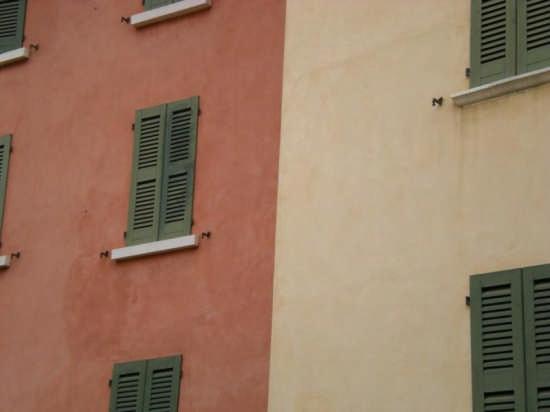 Colours - Brescia (2544 clic)