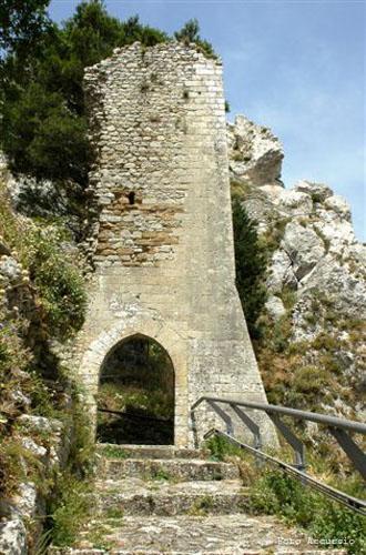 Il Castello Sibilla o Luna - Caltabellotta (2747 clic)