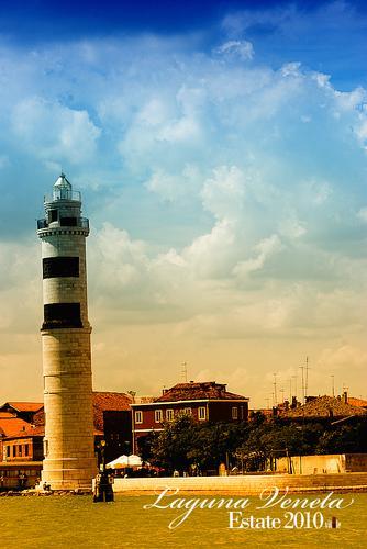 Murano (2150 clic)