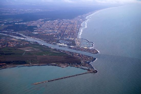 Vista aerea di Fiumicino (4972 clic)