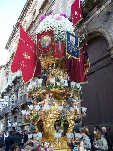 Cereo o cannalora - Catania (5185 clic)