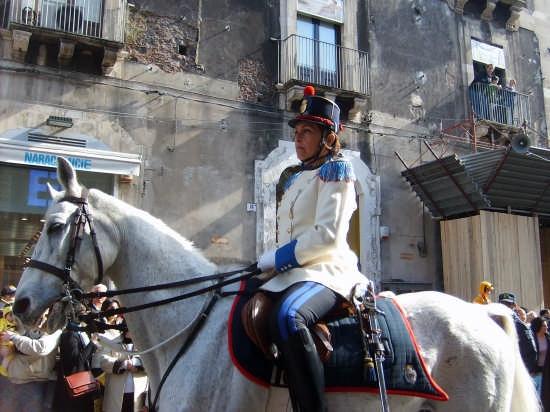 Catania.Polizia Municipale a cavallo (6137 clic)