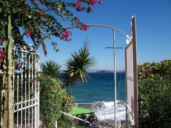 Ingresso al mare - Ischia (2858 clic)