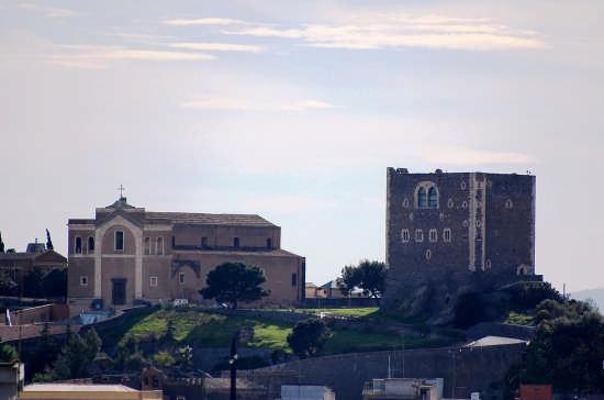 Castello Normanno e Matrice. - Paternò (5732 clic)