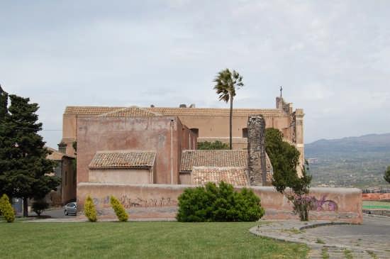 La Matrice e la chiesa di Cristo al Monte. - PATERNÒ - inserita il 27-Oct-07