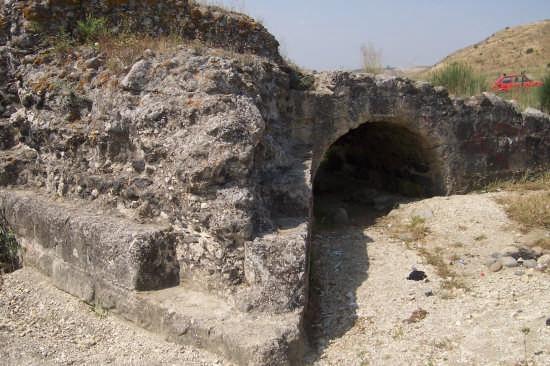Ponte romano sul fiume Simeto - Paternò (5328 clic)