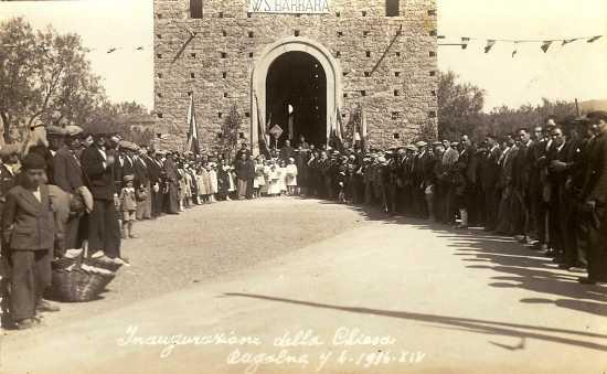 Inaugurazione Chiesadi S. Barbara. Anni 30 - Ragalna (4250 clic)