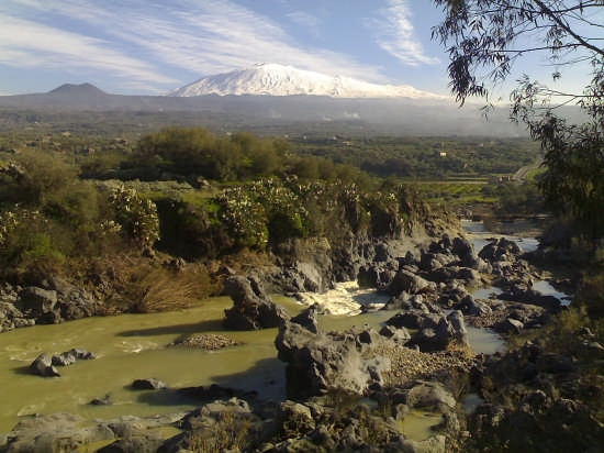 Tra il Simeto e l'Etna (4052 clic)