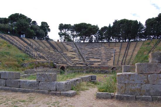 Anfiteatro greco - Tindari (4209 clic)