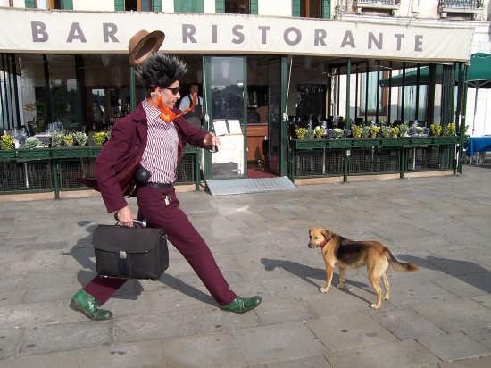 Uomo che corre - Venezia (4290 clic)