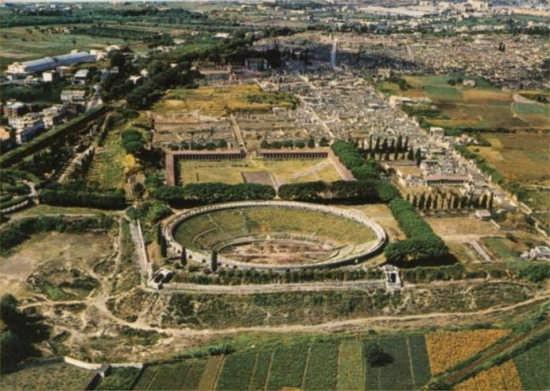 anfiteatro romano di pompei (7018 clic)