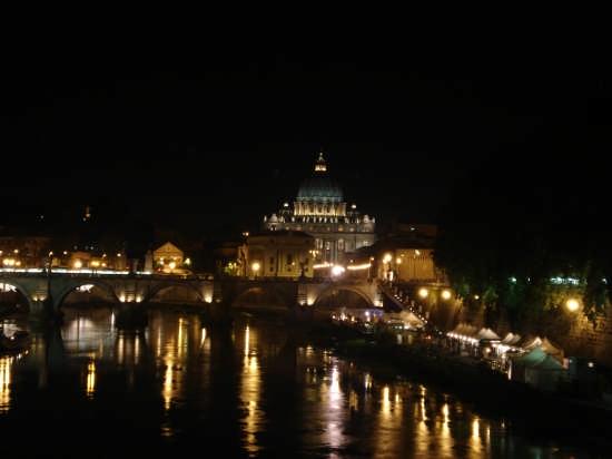 S.Pietro e il Tevere C.C. - Roma (2529 clic)