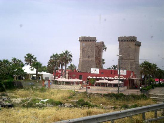 Le Quattro colonne - Vigevano (2176 clic)