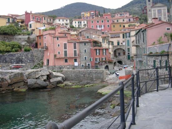 Tellaro - Vista dal Mare - Fiascherino (8709 clic)