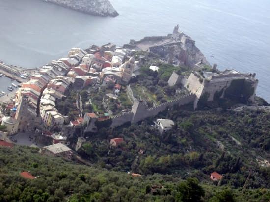 Portovenere - Il Borgo ed il Castello (4945 clic)