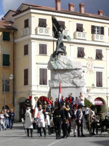 Le Truppe Rendono Omaggio - Napoleon Festival - Sarzana (3171 clic)