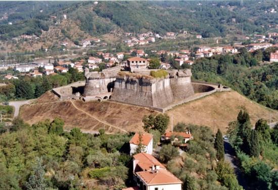 Fortezza Sarzanello - Sarzana (8920 clic)