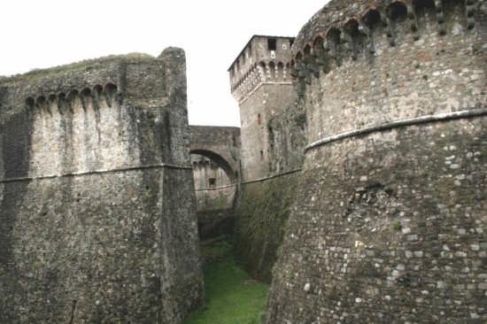 Fortezza Sarzanello - Sarzana (2565 clic)