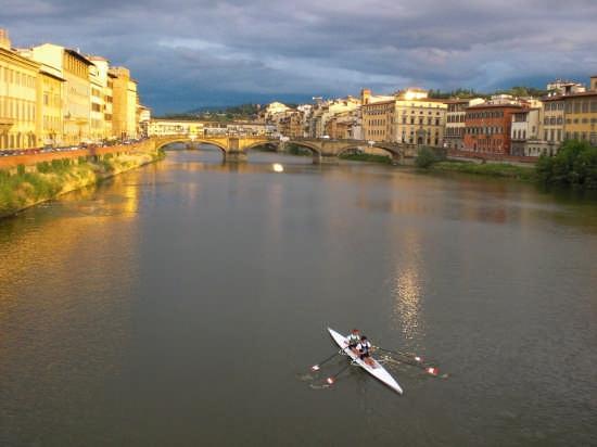 canottaggio sull'arno - Firenze (4752 clic)